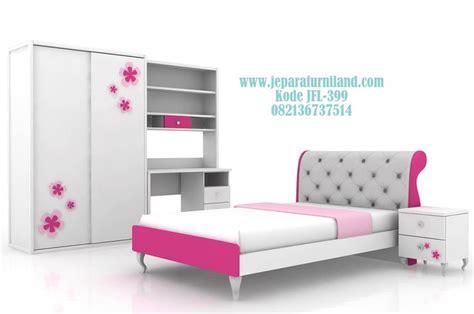 Interior Satu Set Kamar Anak 325 best images about kamar tidur anak on