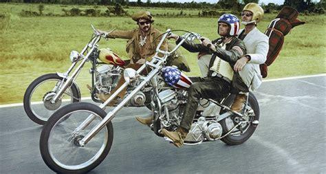 Triumph Motorrad Im Film by La Nouvelle Vague Des Motos Vintage