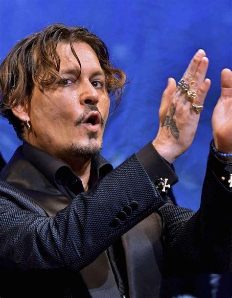 Nouvelle Coupe by Johnny Depp D 233 Couvrez Sa Nouvelle Coupe De Cheveux Tr 232 S