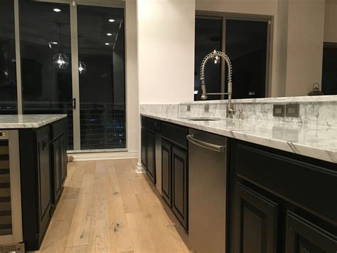 Carrara Marble Kitchen Countertops by Carrara Marble Countertops In Kitchen