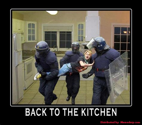 Back In The Kitchen by 161 A Fregar Memes Y Gifs Animados Machistas