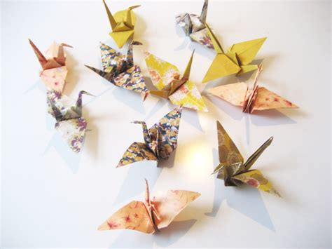 Folded Paper Cranes - origami paper cranes and jewellery box from nomess kawaiicph