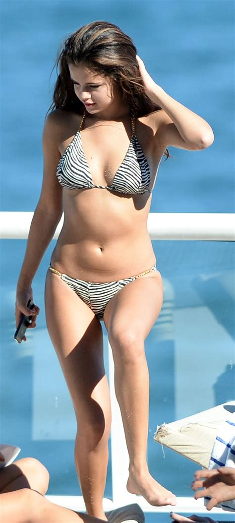 Latifah Doesnt Like Swimsuit by Selena Gomez I That She Looks Like A Normal Person