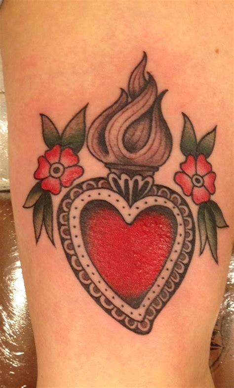 tattoo cuore e ali sacro cuore alessandro turcio tattoo pinterest