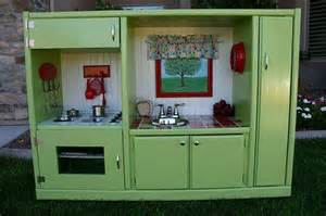 play kitchen from old furniture so neat a whole website that shows how to make kids play
