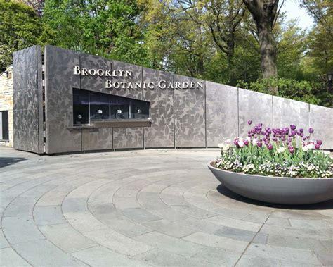 Gardensonline Gardens Of The World Brooklyn Botanic Gardens Botanical Garden Entrance Fee