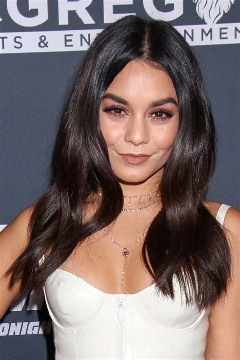 Hudgens Hairstyles by Hudgens Light Hair 2013 Www Pixshark