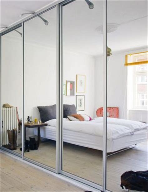 Built In Mirrored Wardrobe by Sliding Mirror Wardrobe Transform Your Bedroom Instantly
