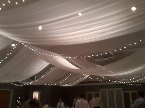 Decorate Ceiling With Fabric by Best 25 Tulle Ceiling Ideas On Diy Ceiling
