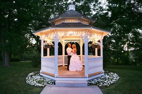 Backyard Wedding Gazebo Five Types Of Gazebos To Choose From