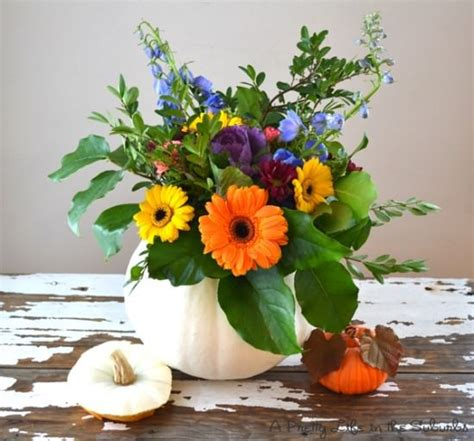 festive thanksgiving flowers fall flower arrangements 17 thanksgiving tablescapes tip junkie