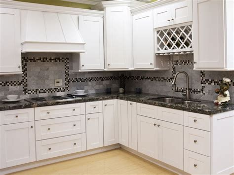 White Shaker Kitchen Cabinets by Mayland White Shaker Kitchen Cabinet Pictures