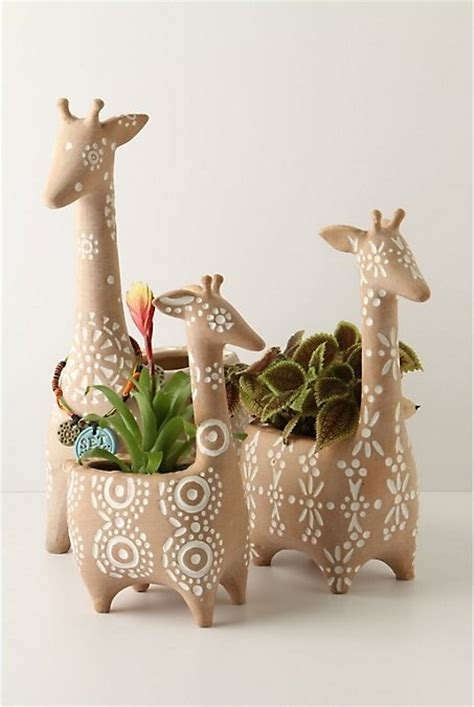 giraffe planter giraffe planters plant a seed pinterest gardens