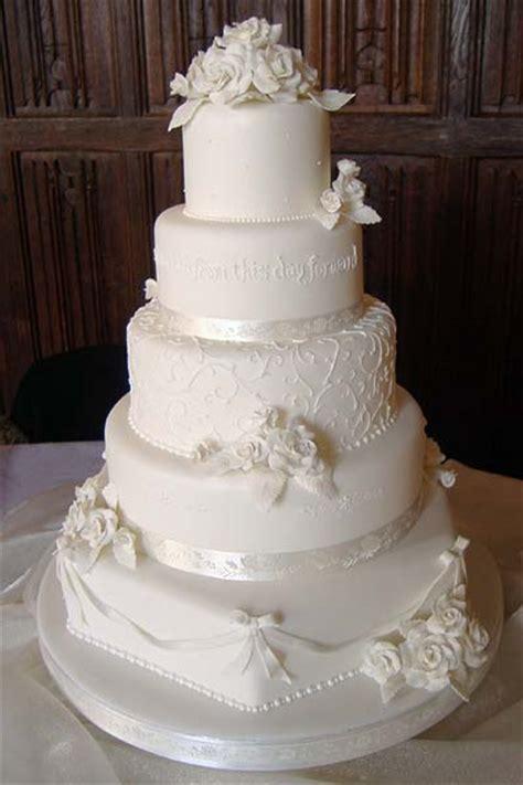 wedding cake kent uk wedding cakes in kent cakes galore in kent