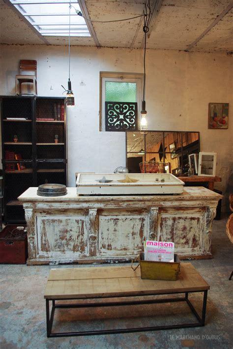 comptoir ancien ancien comptoir de magasin par le marchand d oublis