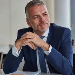 unicredit bank augsburg hoffmann senior vice president leiter unternehmer
