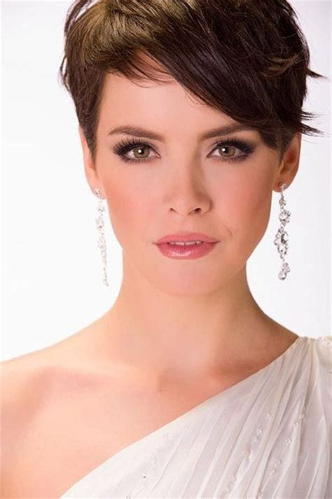 cute pixie haircuts for women over 55 25 easy short hairstyles for older women popular haircuts