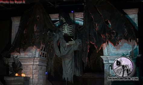 13th floor haunted house chicago behind the thrills 13th floor haunted house chicago exploring the mystery of the