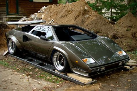 Who Builds Lamborghini Lamborghini Countach Built In S Basement