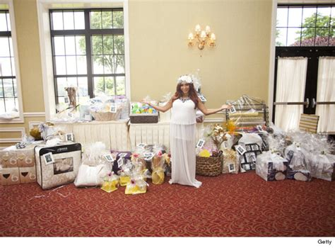 great gatsby themed bridal shower snooki celebrates upcoming wedding with a great gatsby themed bridal shower toofab