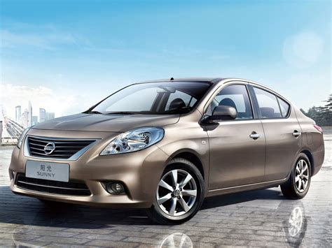 2012 Nissan Sunny Car Desktop Wallpaper