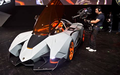 5 Door Lamborghini 4 Top 5ive Door Designs Lamborghini Egoista Conopy Door