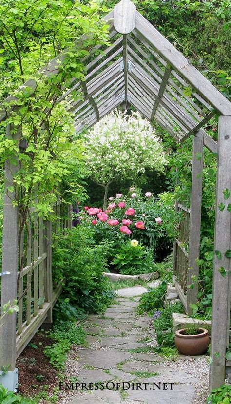 backyard arbor ideas 17 best ideas about garden structures on pinterest