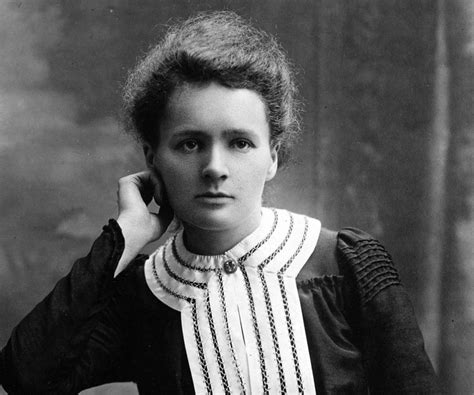 Madam Query Biography In Hindi Pdf | marie curie biography childhood life achievements