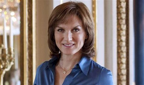 hair styles of female news reporters in britain fiona bruce is viewers pick as sexiest news star