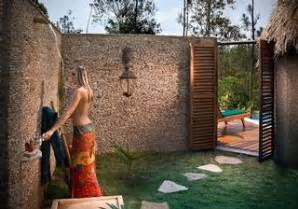 Bamboo Outdoor Shower - 12 inspirational outdoor resort bathrooms