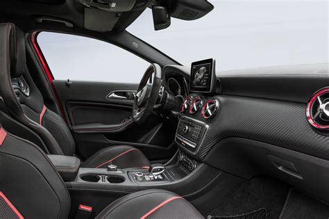 45 Amg Interior by Mercedes A 45 Amg 2015 Un Paso M 225 S All 225