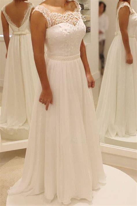 simple backyard wedding dresses best 20 beach wedding dresses ideas on pinterest