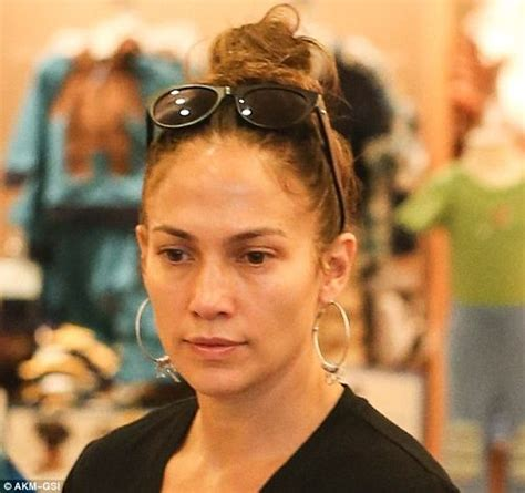 what kind of lipstick does jennifer lopez use 12 pictures of jennifer lopez without makeup celebrities