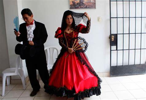 Christmas Dress In Spain » Ideas Home Design