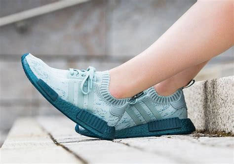Adidas Nmd R1 Tactile Green adidas nmd r1 primeknit tactile green release date cg3601 sneakernews