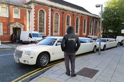 Wedding Car Oldham by Wedding Limousines At Stockport Town Wedding Cars
