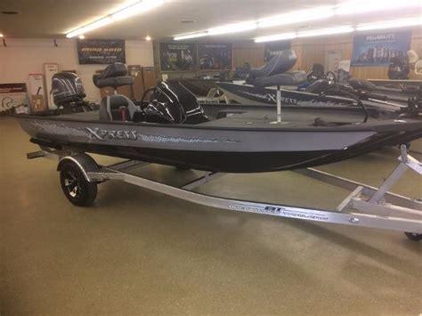 xpress boats gladewater tx 2017 xpress xp7 17 foot 2017 boat in gladewater tx