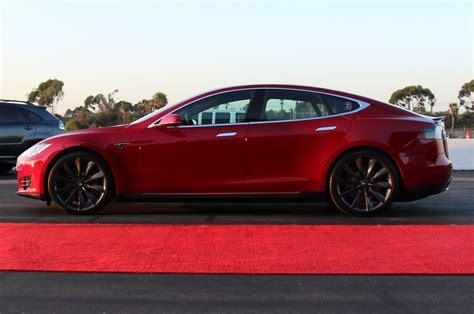 Tesla P85d 2015 Tesla Model S Adds All Wheel Drive 60d 85d P85d Models