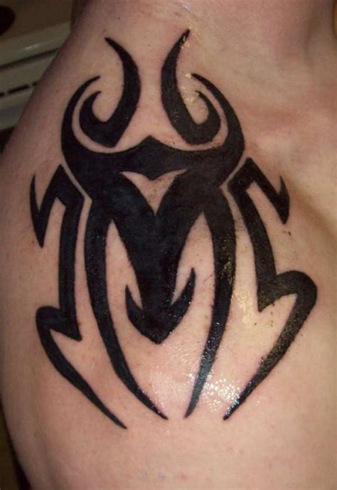 20 killer shoulder blade tattoos creativefan