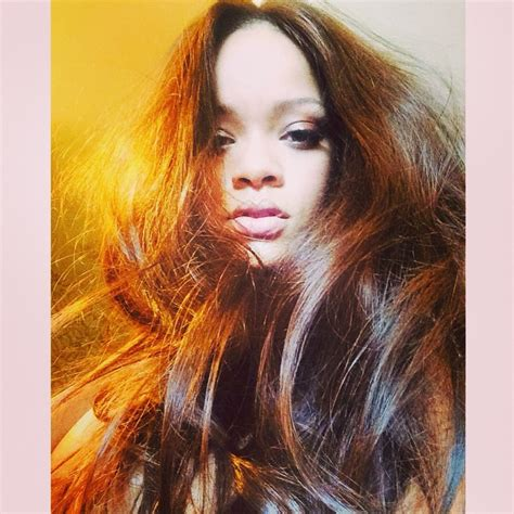 rihanna hair color rihanna yeni sa rengi 2013 bakml kadn of rihanna white