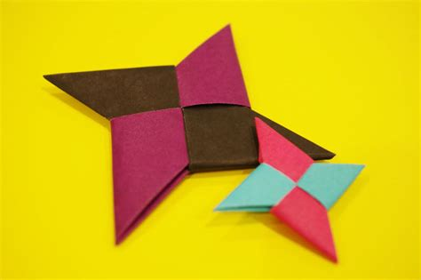 Origami Throwing - hopes for peace embedded in the traditional paper craft of