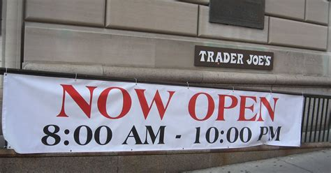 mcbrooklyn trader joe s expands hours in brooklyn