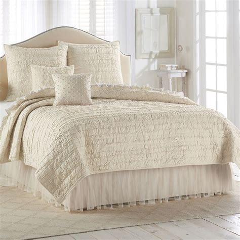 lc lauren conrad bedding 17 best images about home decor on pinterest shelves