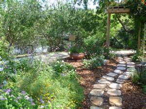 Small Backyard Pond Ideas Reader Photos A Cottage Garden In Southern Florida Fine
