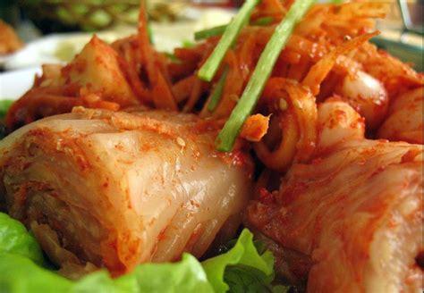 membuat pancake kimchi tema google doodle hari ini makanan korea kimchi yuk kita