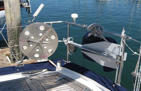 big boat handling 3 tips for boat handling in big waves boats