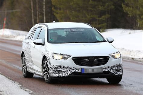 2018 opel insignia 2018 opel insignia country tourer spied almost undisguised