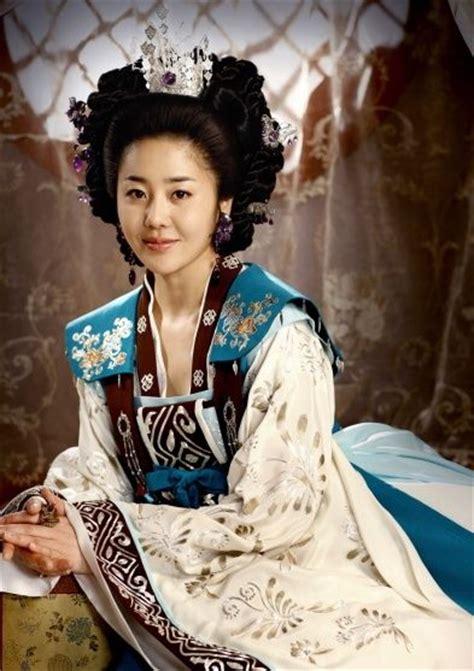 silla dynasty korea korea silla dynasty go hyeon jeong in drama queen