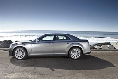 Chrysler 300 Dimensions by 2012 Chrysler 300 Technical Specifications And Data