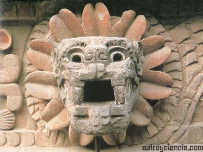 imagenes de esculturas mayas famosas ceremonia secreta la serpiente emplumada